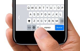 Teclado do iOS 11 conta com recurso para facilitar a digitação com apenas uma mão em iPhones maiores